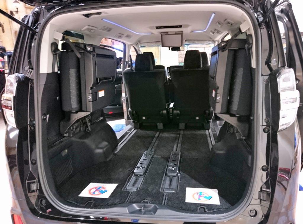 ヴェルファイア 車内スペース