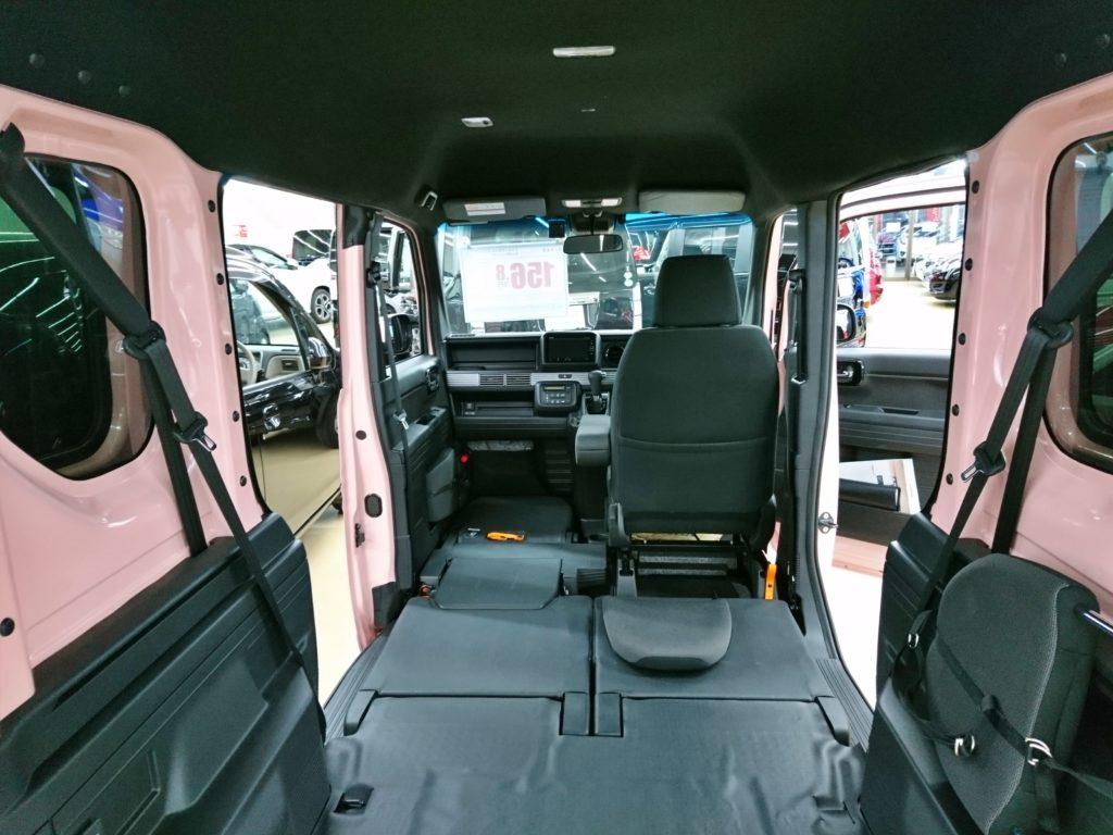 N-VAN 車内スペース